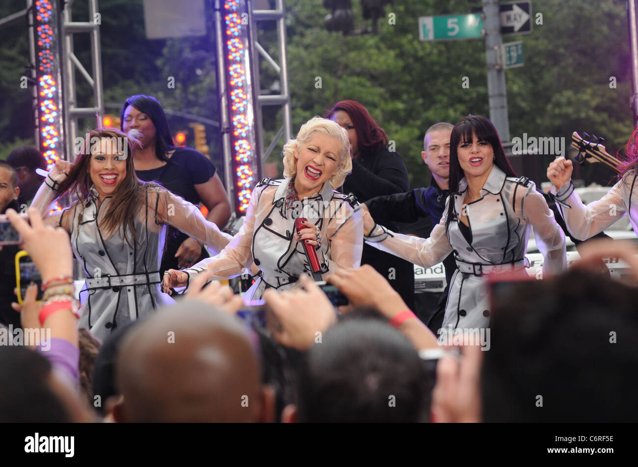 Christina Aguilera performing live on the 'CBS Early Show