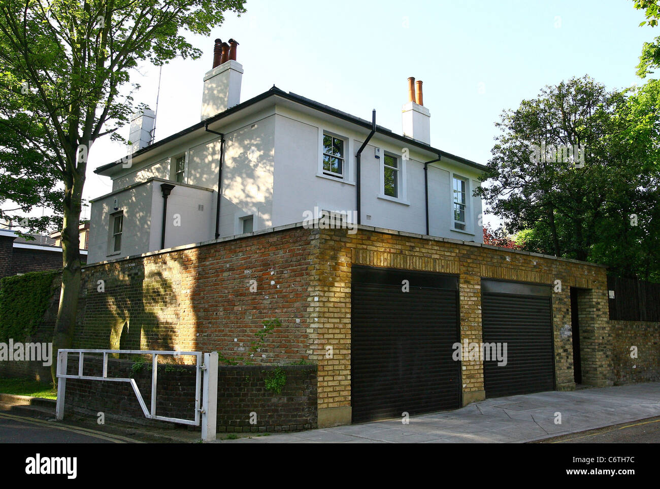 the exterior of kate moss house london england 21 05 10 mark rh alamy com