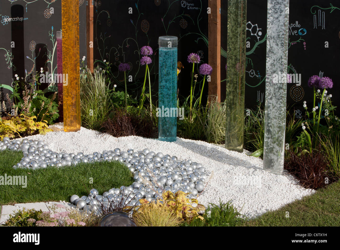 Awarded Bronze Flora 'Chemistry...all that matters'; Malvern Spring Gardening Show 2011 garden designed - Stock Image