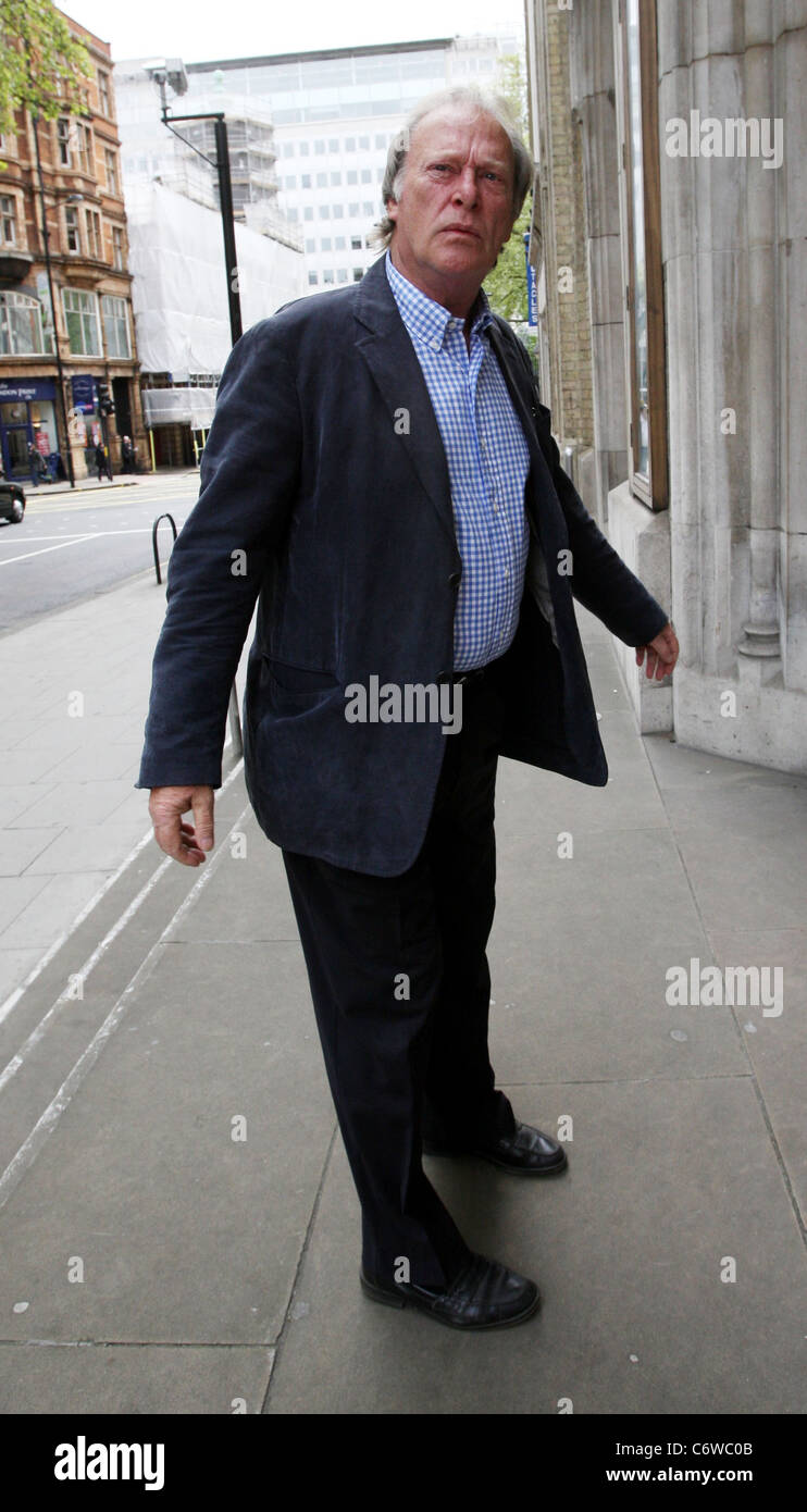 New Tricks Youtube: Dennis Waterman Cast Of New Tricks Arriving At A Building