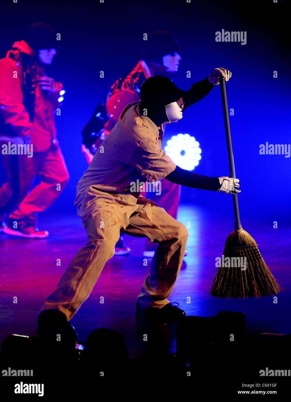 Jabbawockeez World Famous Dance Crew Stock Photos & Jabbawockeez