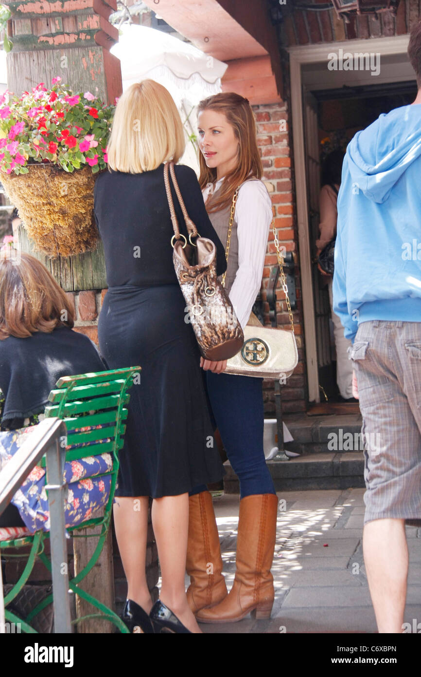 Actress Josie Davis Mother Spotted Stock Photos & Actress Josie ...