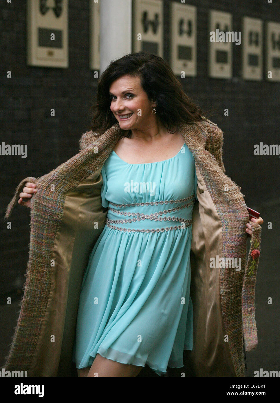 Sian Reeves London Stock Photos & Sian Reeves London Stock Images ...