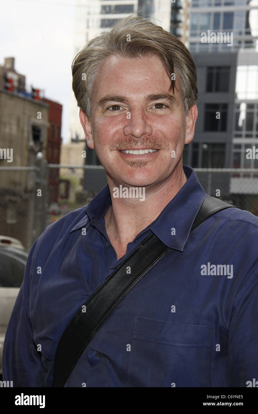 Douglas Sills attending a matinee performance of the Broadway play 'Red' at the Golden Theatre. New York, - Stock Image