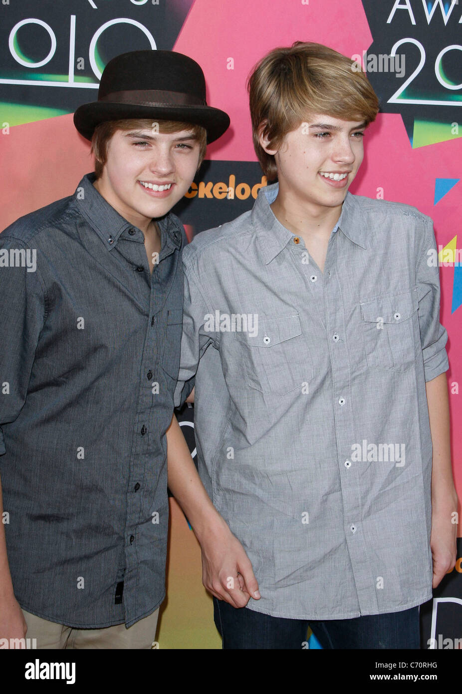 https://c8.alamy.com/comp/C70RHG/dylan-sprouse-and-cole-sprouse-nickelodeons-23rd-annual-kids-choice-C70RHG.jpg