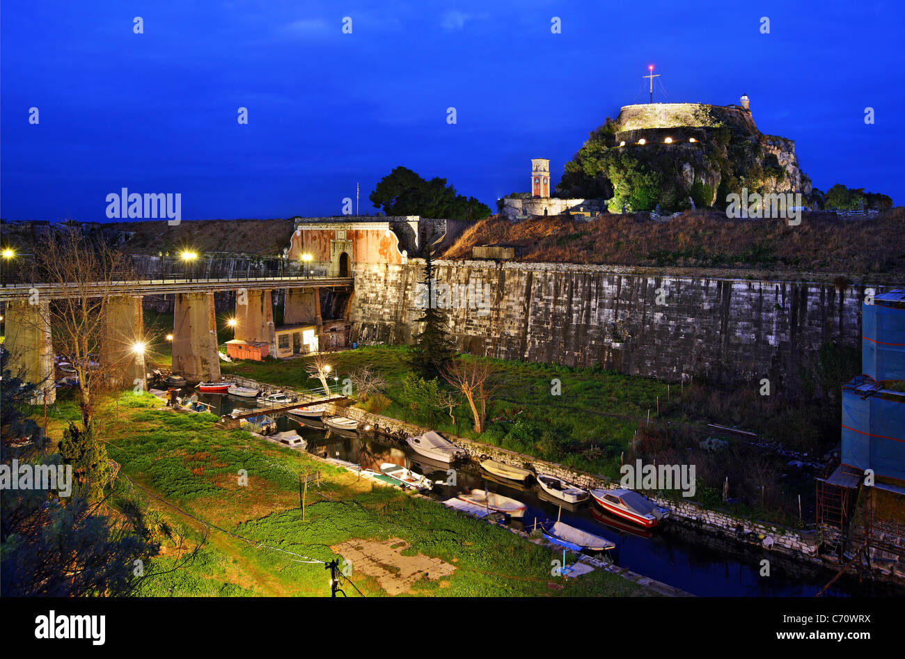 Greece, Corfu (or 'Kerkyra') island. The Old Fort and the canal called 'Contrafossa', that separates - Stock Image