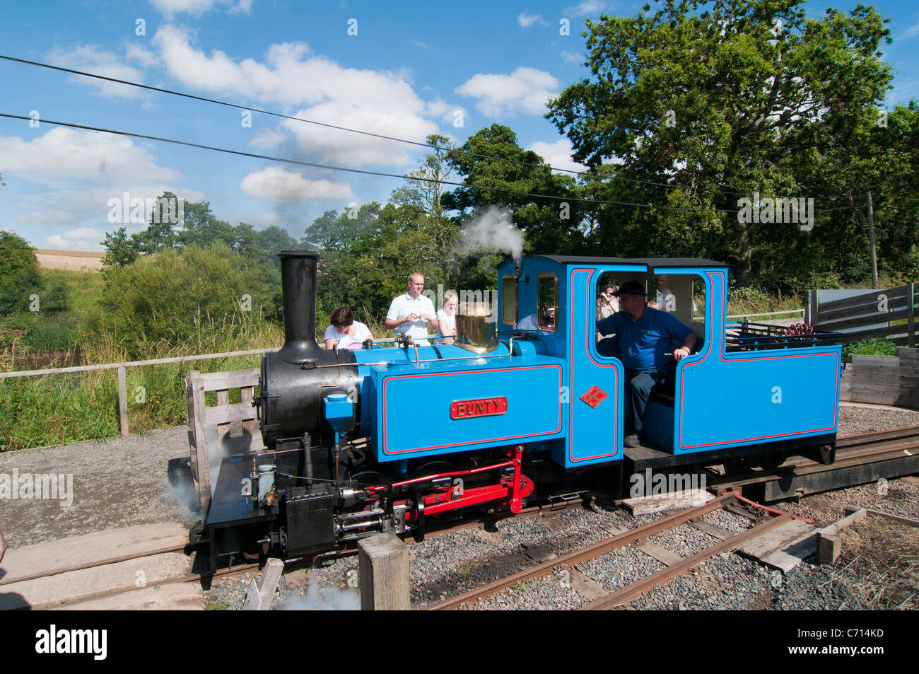 Ford and Etal light railway train turning at Etal station Stock Photo