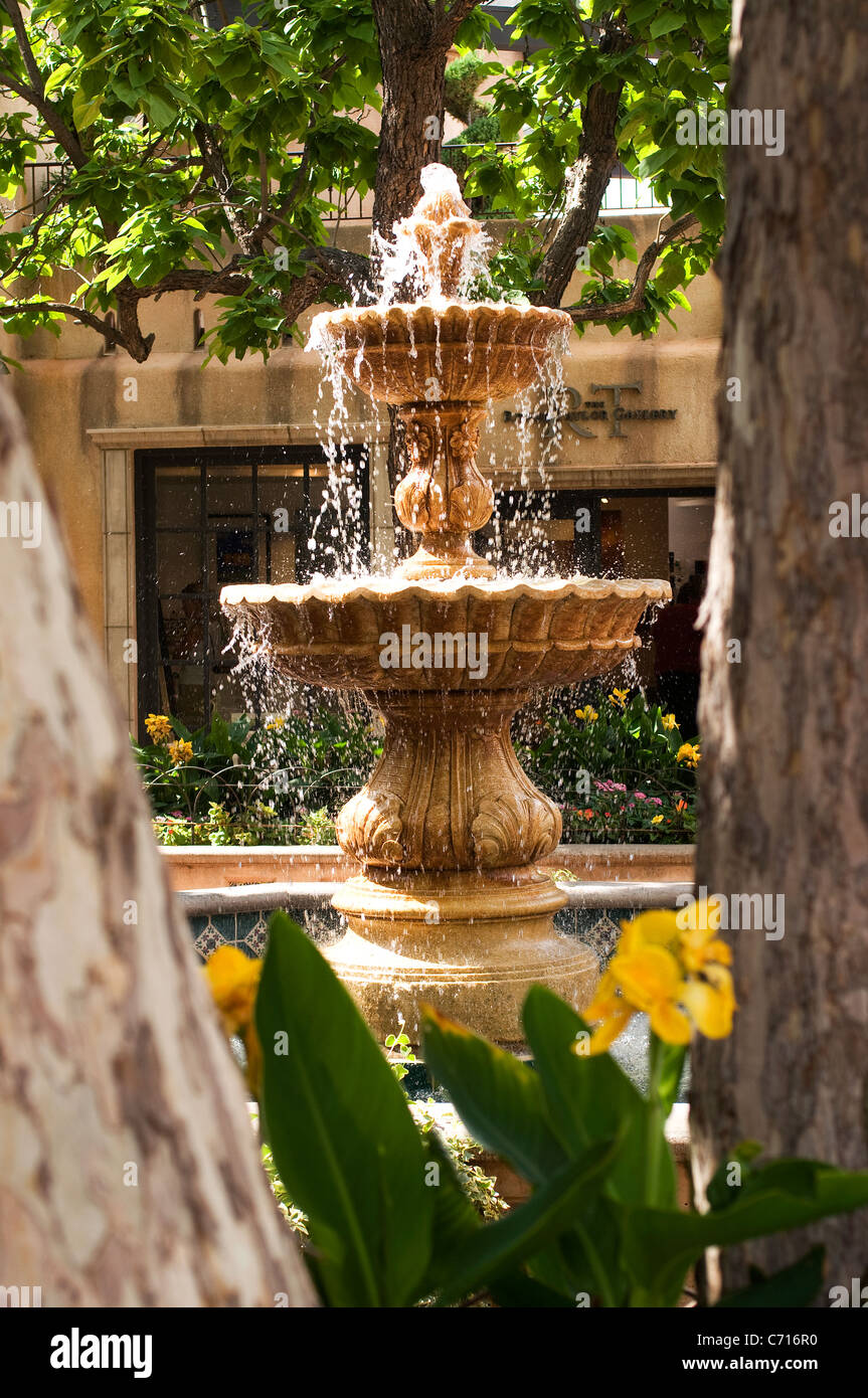 Spanish style tiered fountain patio courtyard - Stock Image