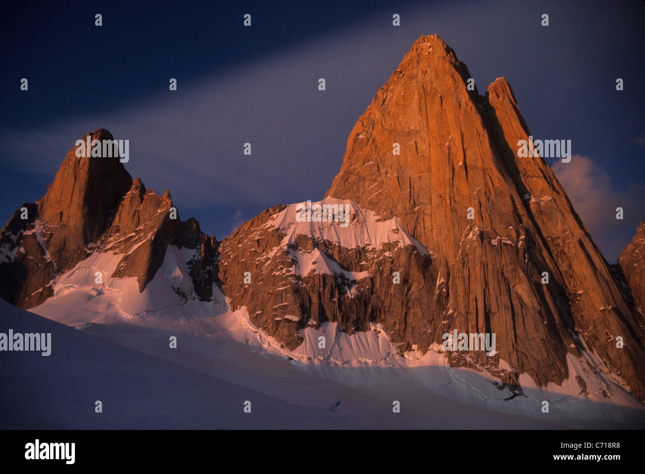 Sunrise on Mount Fitz Roy, El Chalten, Patagonia, Argentina. - Stock Image