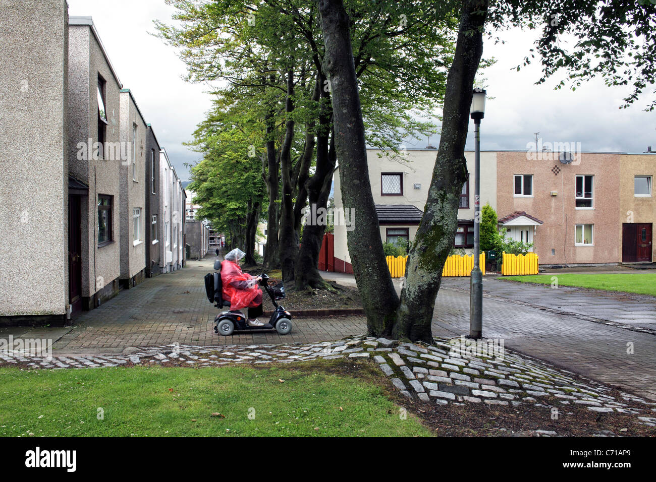 Fleming Road, a pedestrian only route in Cumbernauld new town, Scotland. - Stock Image