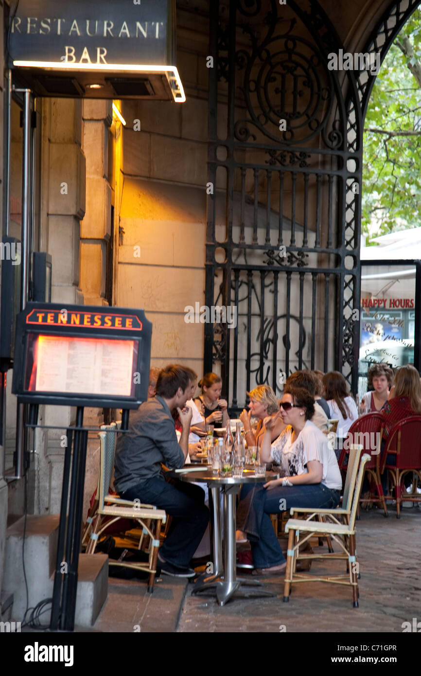 Tennessee Restaurant in the Cour du Commerce St Andre Street, Paris ...