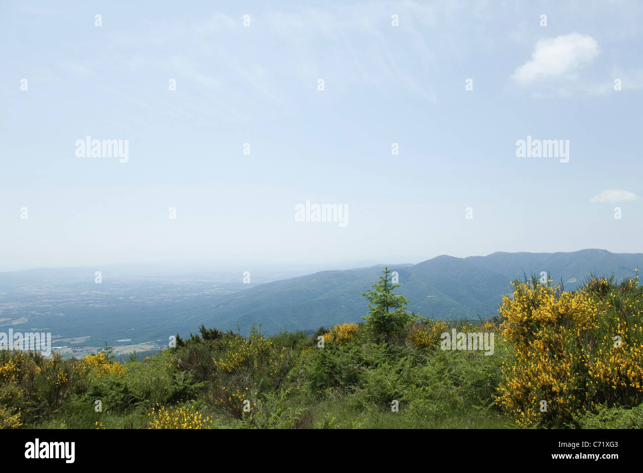 Mountain ranges and valley, high angle view - Stock Image