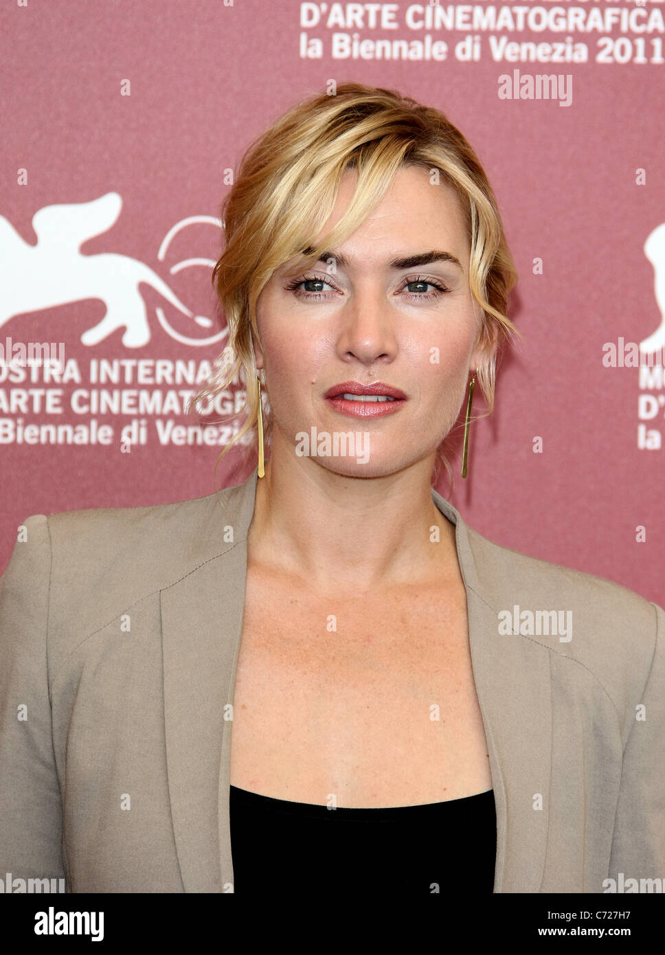 KATE WINSLET CARNAGE PHOTOCALL. 68TH VENICE FILM FESTIVAL LIDO VENICE  ITALY 01 September 2011 - Stock Image