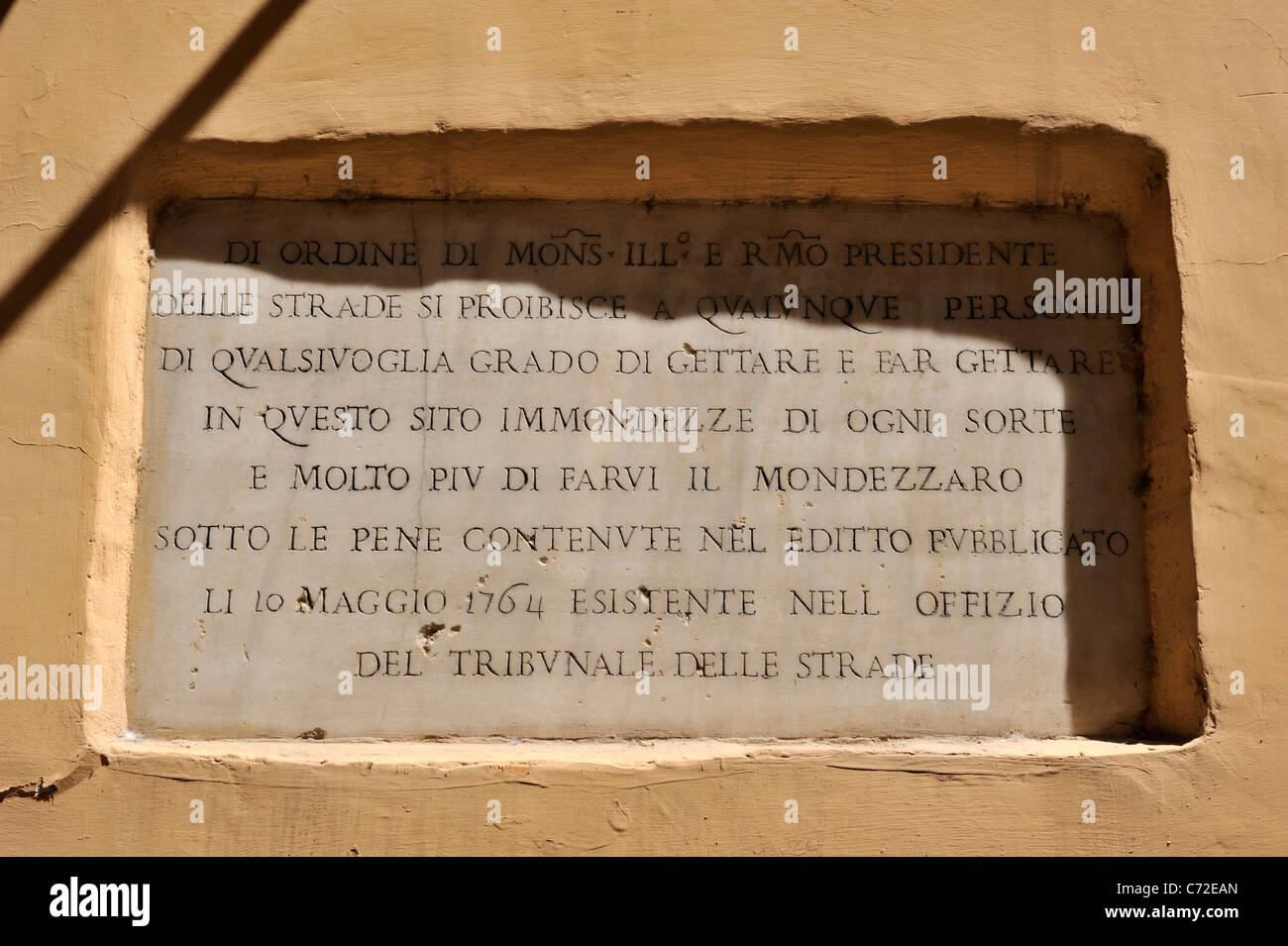 italy, rome, ancient no littering sign, 18th century - Stock Image