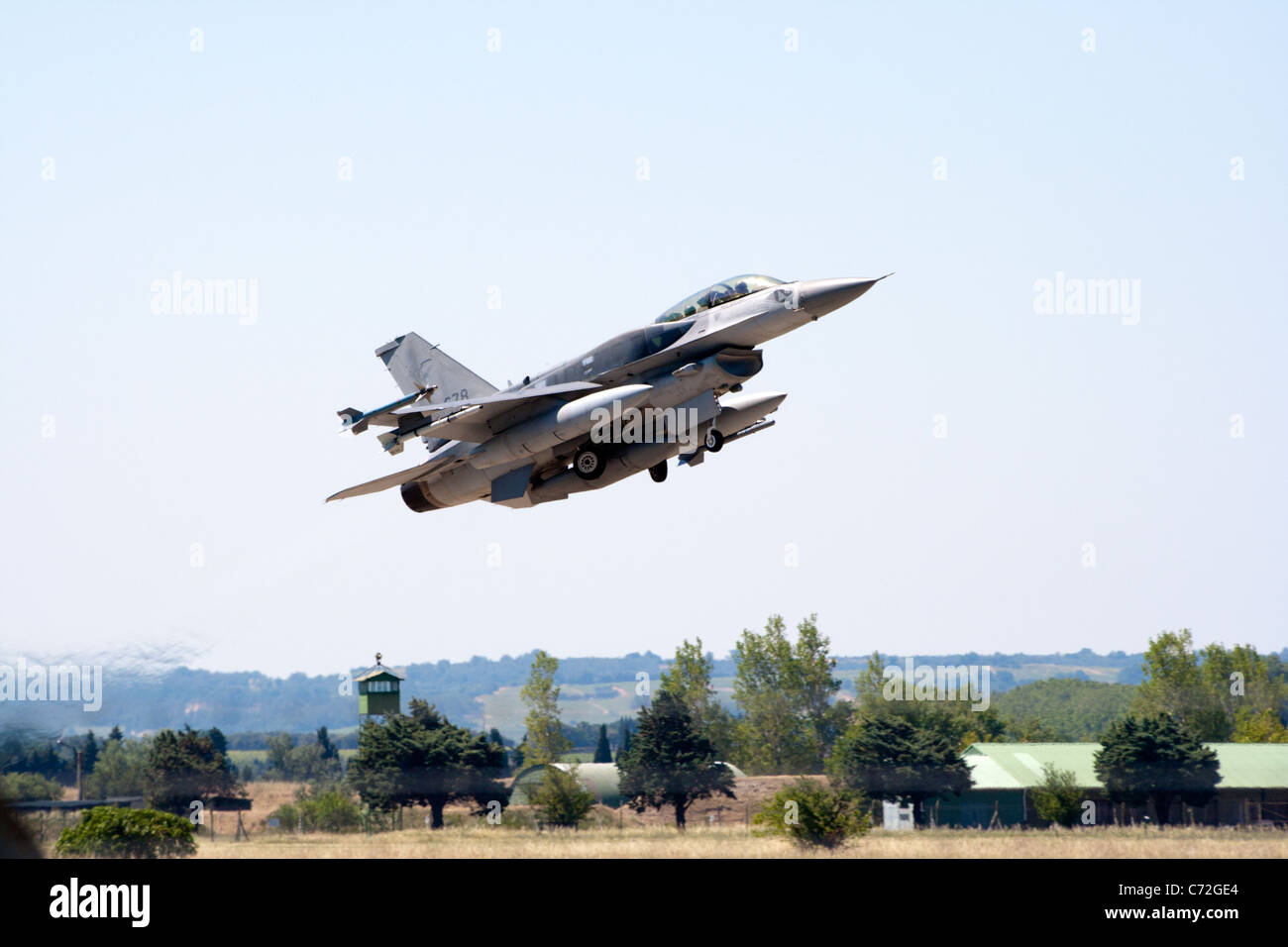 Singaporean Air Force F-16's take off from Orange airbase in France during an exercise in 2010 - Stock Image
