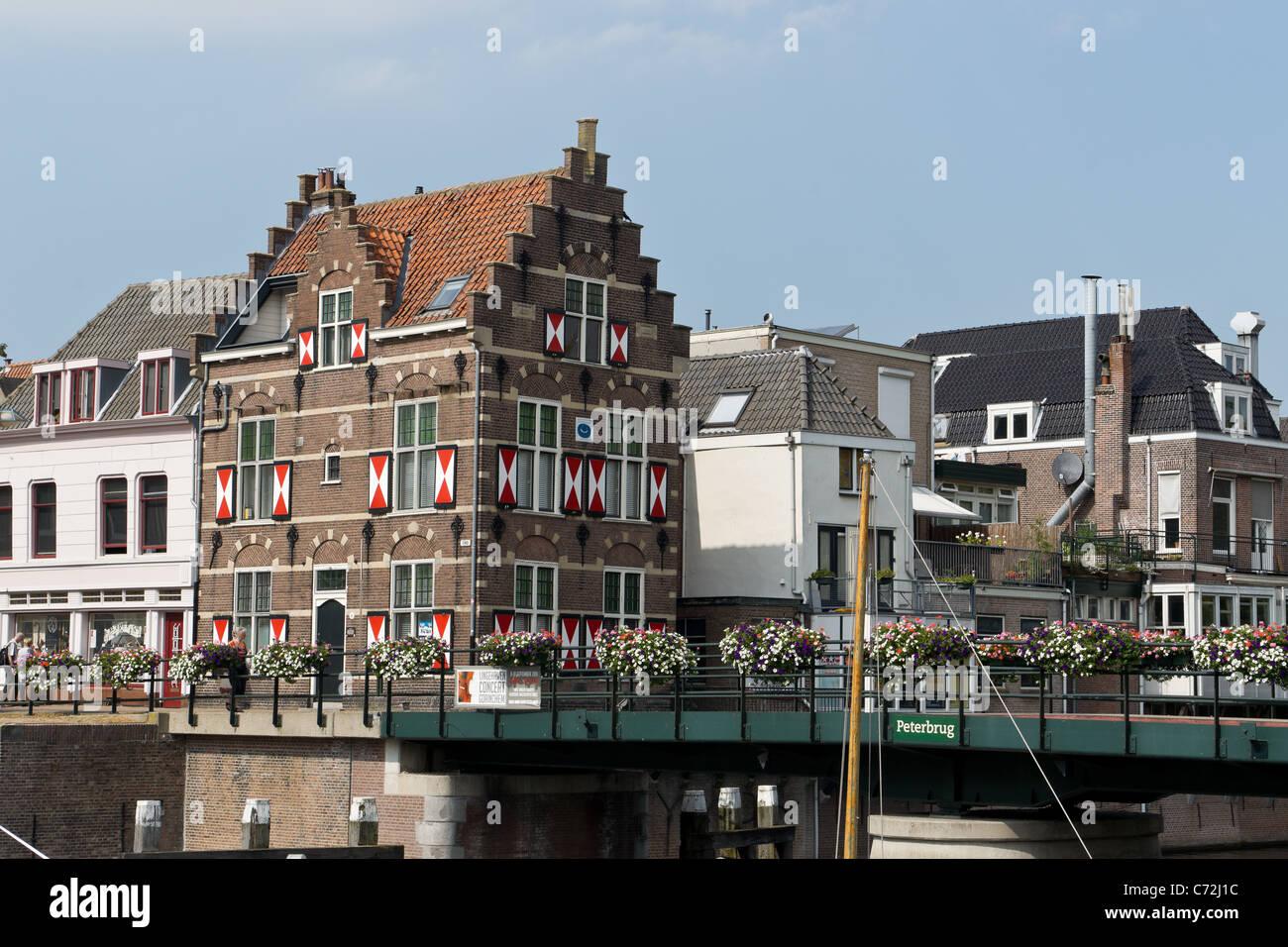 Bridge keeper house and the Peterbrug, Gorinchem, Holland. Stock Photo