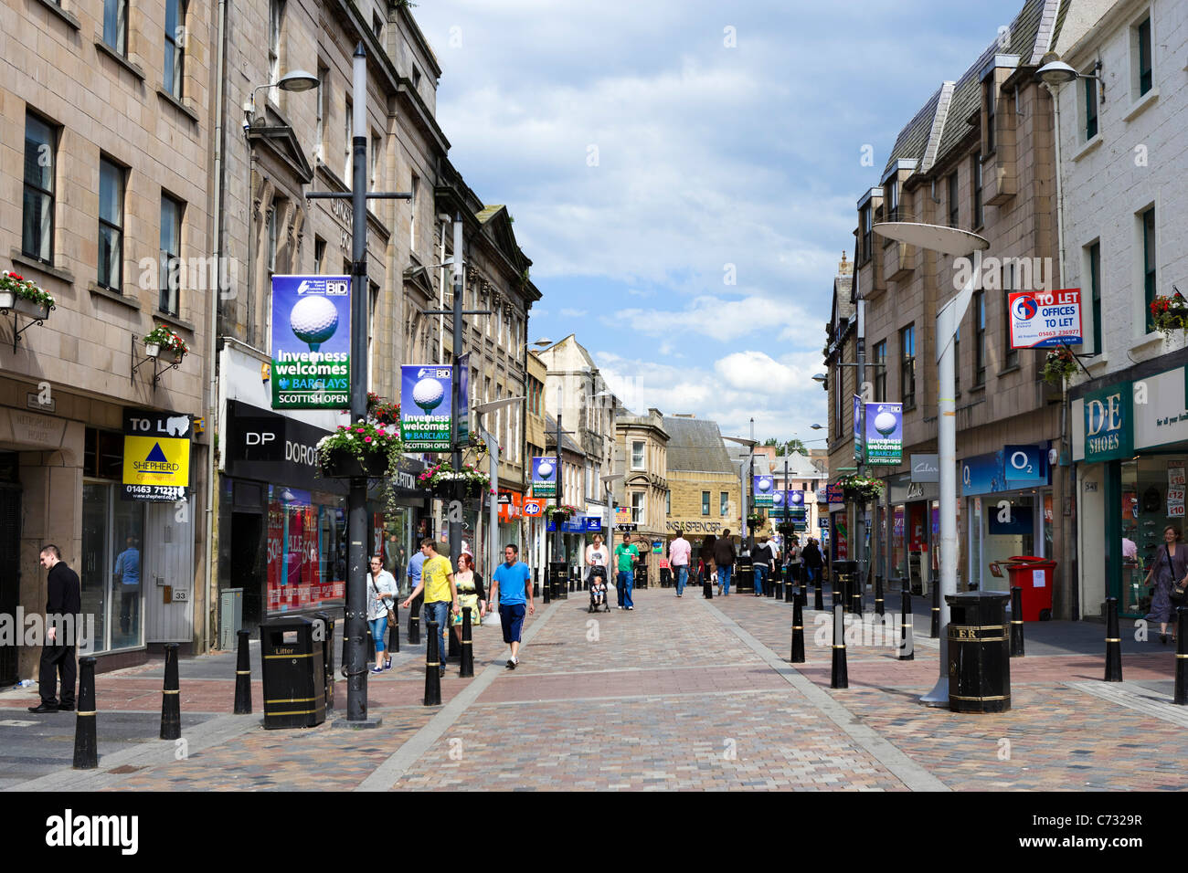 Shops on the High Street in the city centre, Inverness, Highland, Scotland, UK - Stock Image