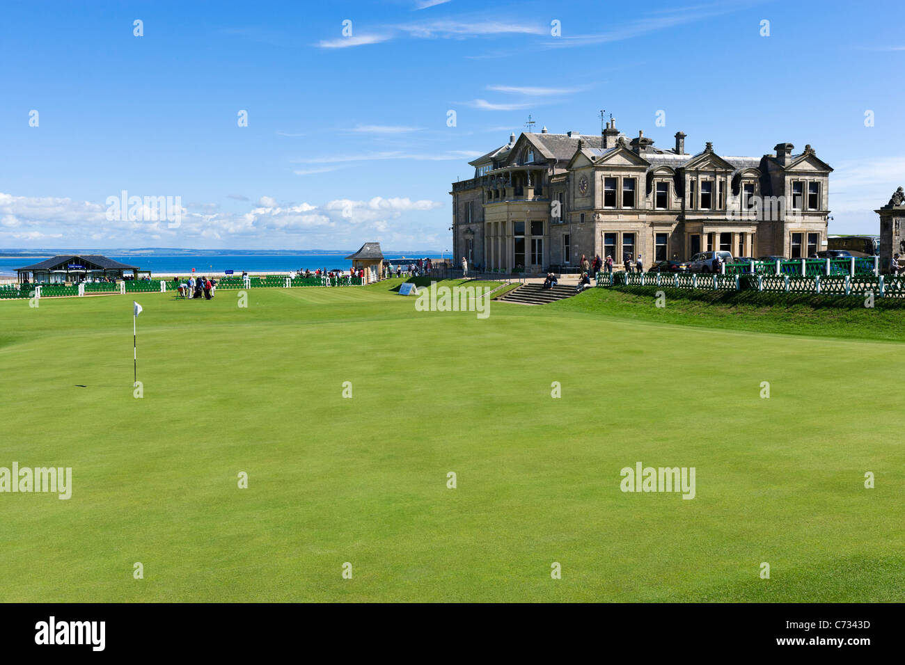 The 18th Green on the Old Course with the Royal and Ancient Clubhouse behind, St Andrews, Fife, Scotland, UK - Stock Image