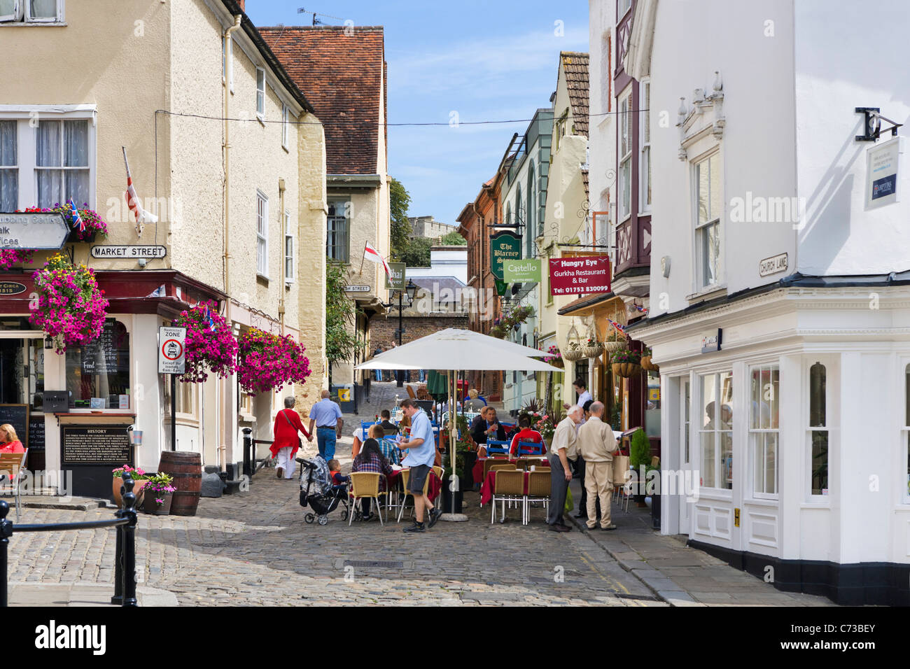 Bars and restaurants in the town centre, Windsor, Berkshire, England, UK - Stock Image