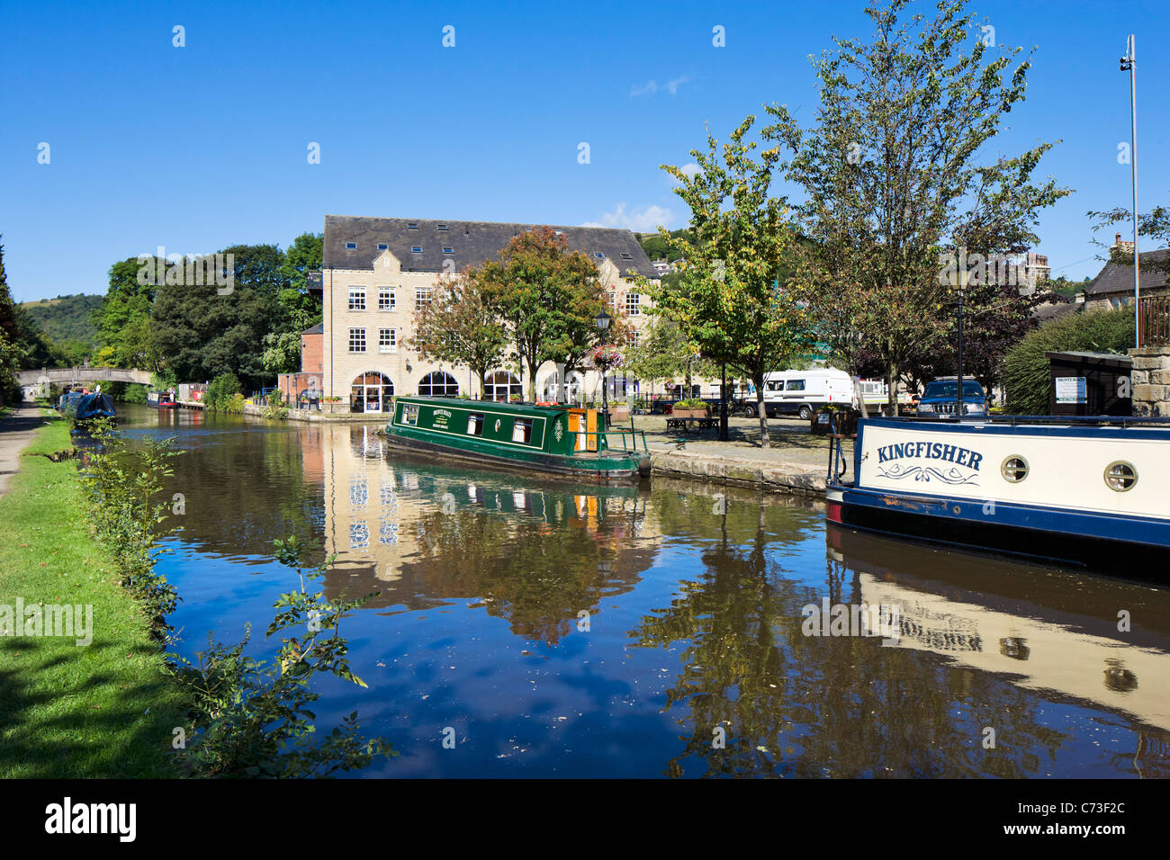 Narrowboats on Rochdale Canal, Hebden Bridge, Calder Valley, West Yorkshire, England, United Kingdom - Stock Image