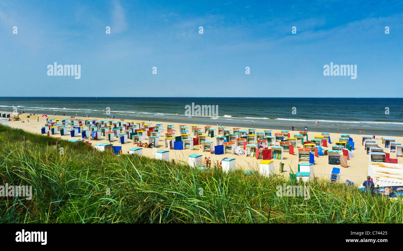 Colourful beach chairs on a bathing beach at Katwijk aan de Rijn ...