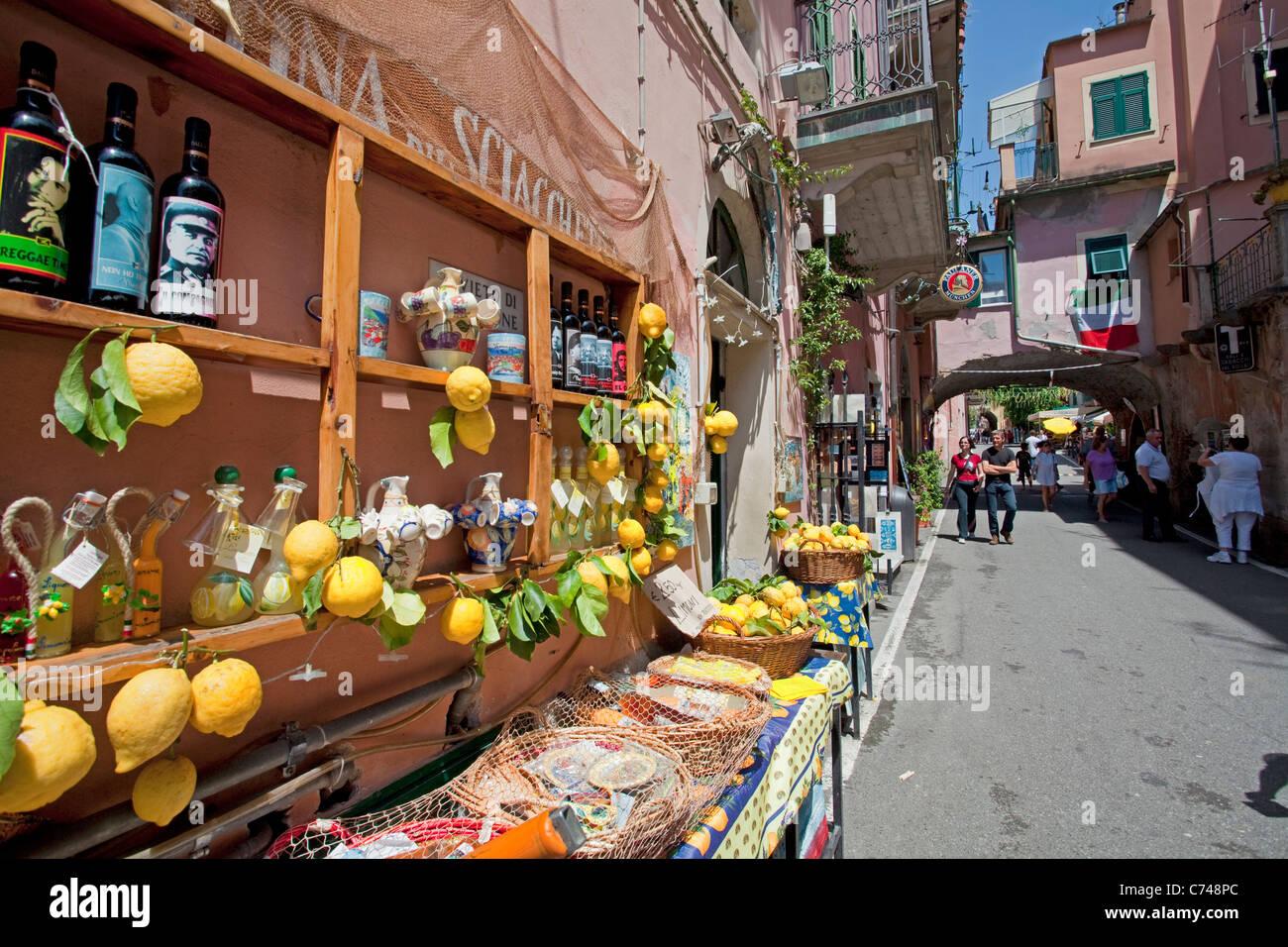 Lemon shop at old town of Monterosso al Mare, Cinque Terre, Unesco World Heritage site, Liguria di Levante, Italy, - Stock Image