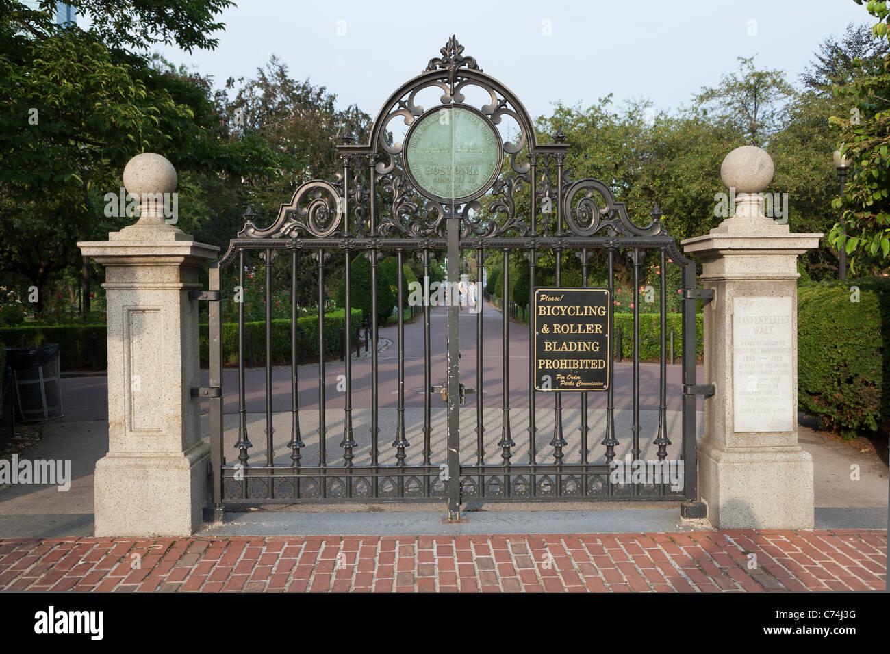 Entrance gate to the Boston Public Garden and Haffenreffer Walk on Charles street in Boston, Massachusetts. - Stock Image