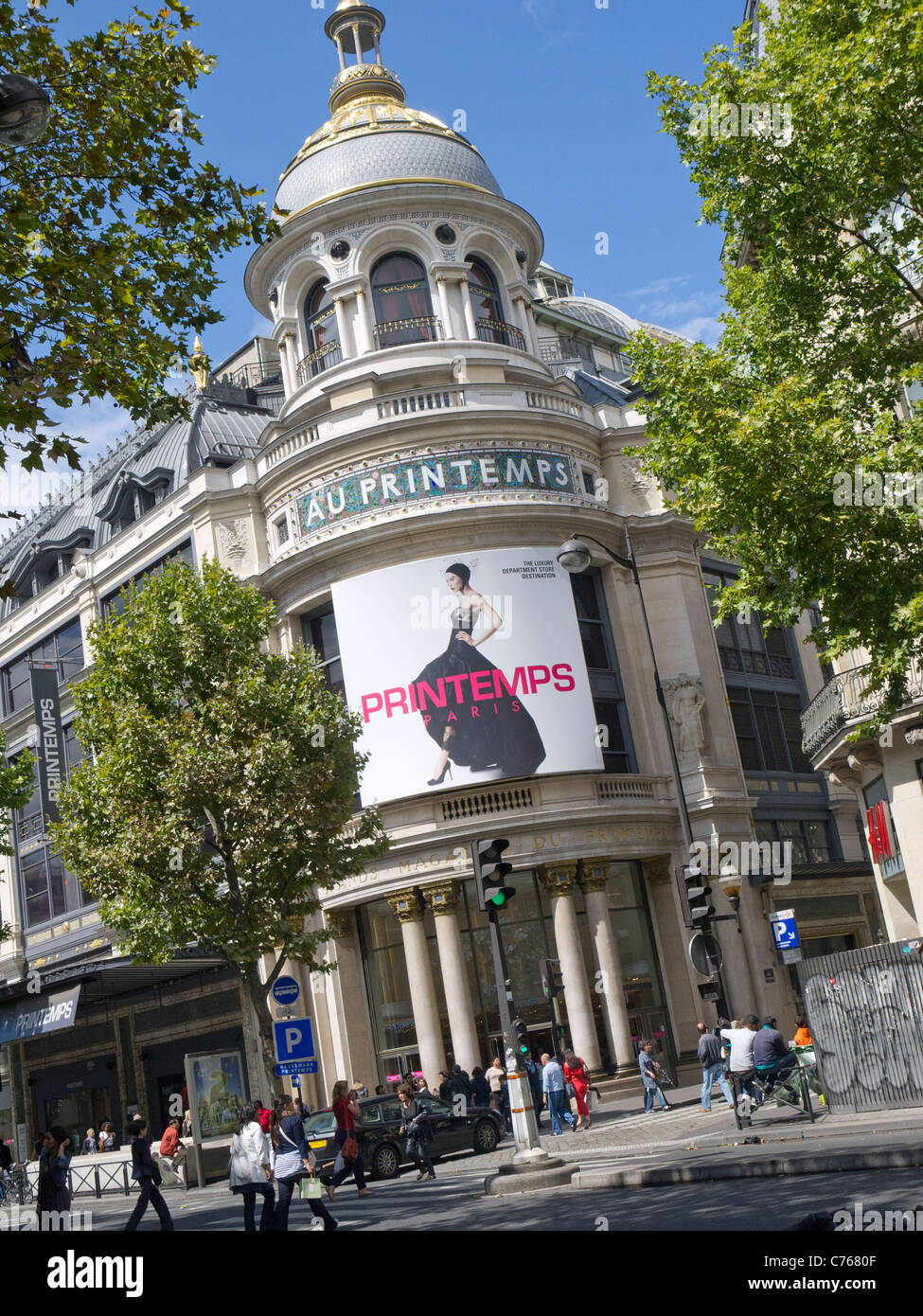 Store Paris Stock Photos & Store Paris Stock Images - Alamy