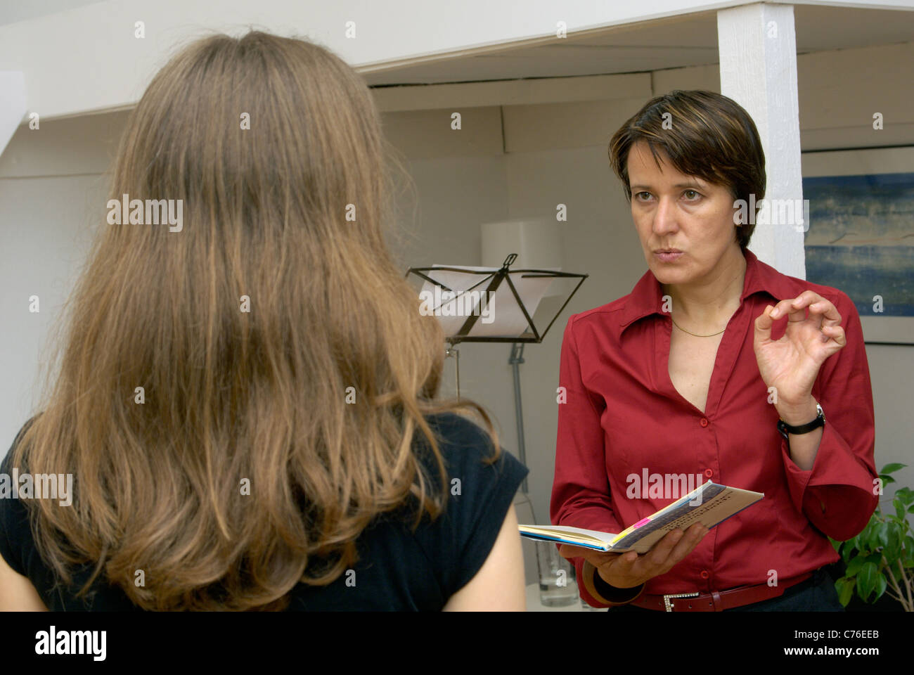 Coaching at the logo-Institut - a moderator school, Berlin, Germany - Stock Image
