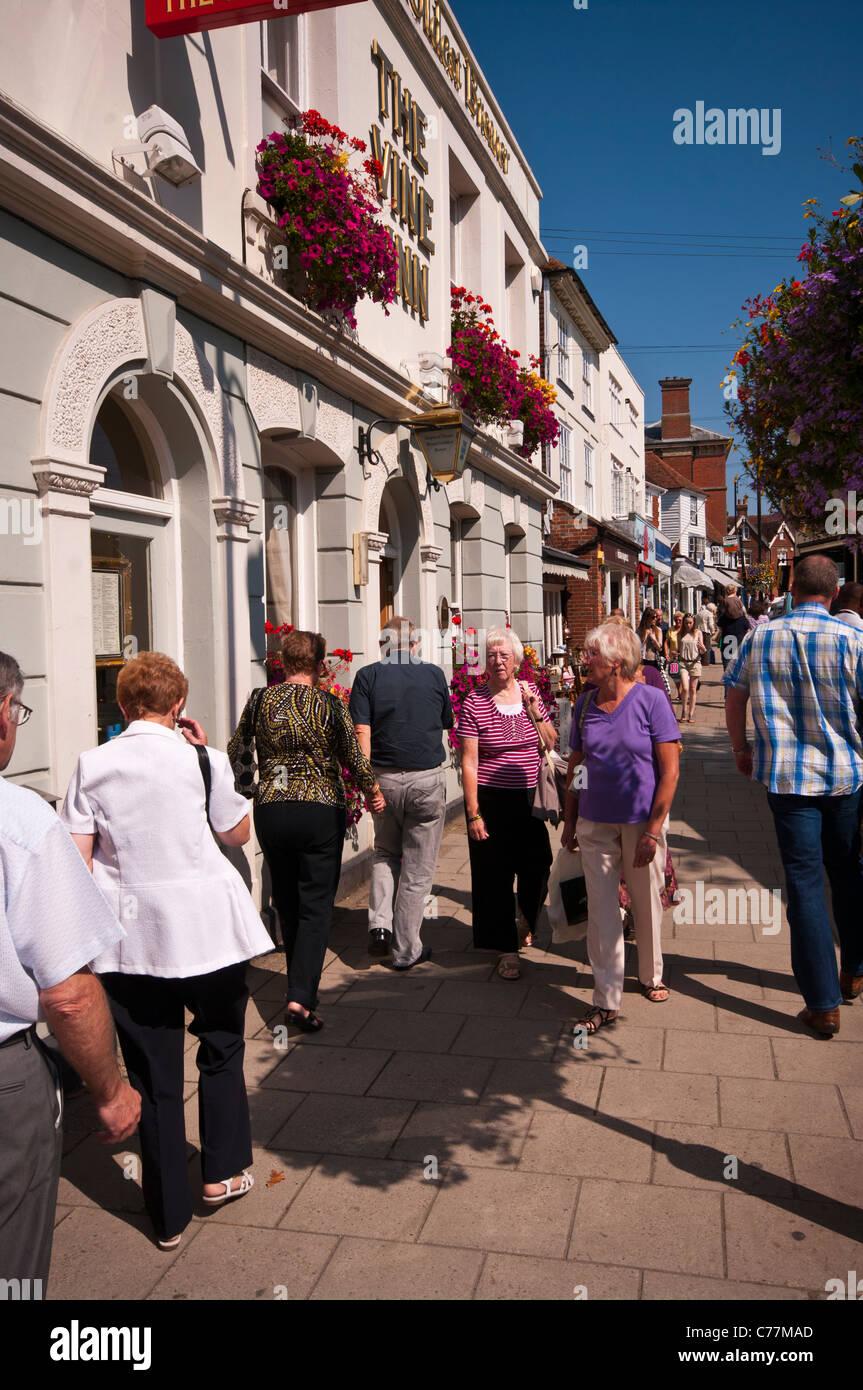 Busy High Street Tenterden Kent England UK - Stock Image