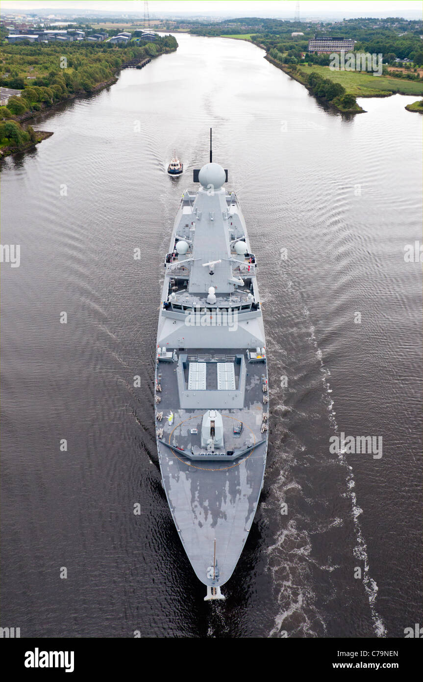 HMS Dragon   leaving  BAE Systems in Govan and heading  to Portsmouth to be handed over to the Royal Navy. - Stock Image