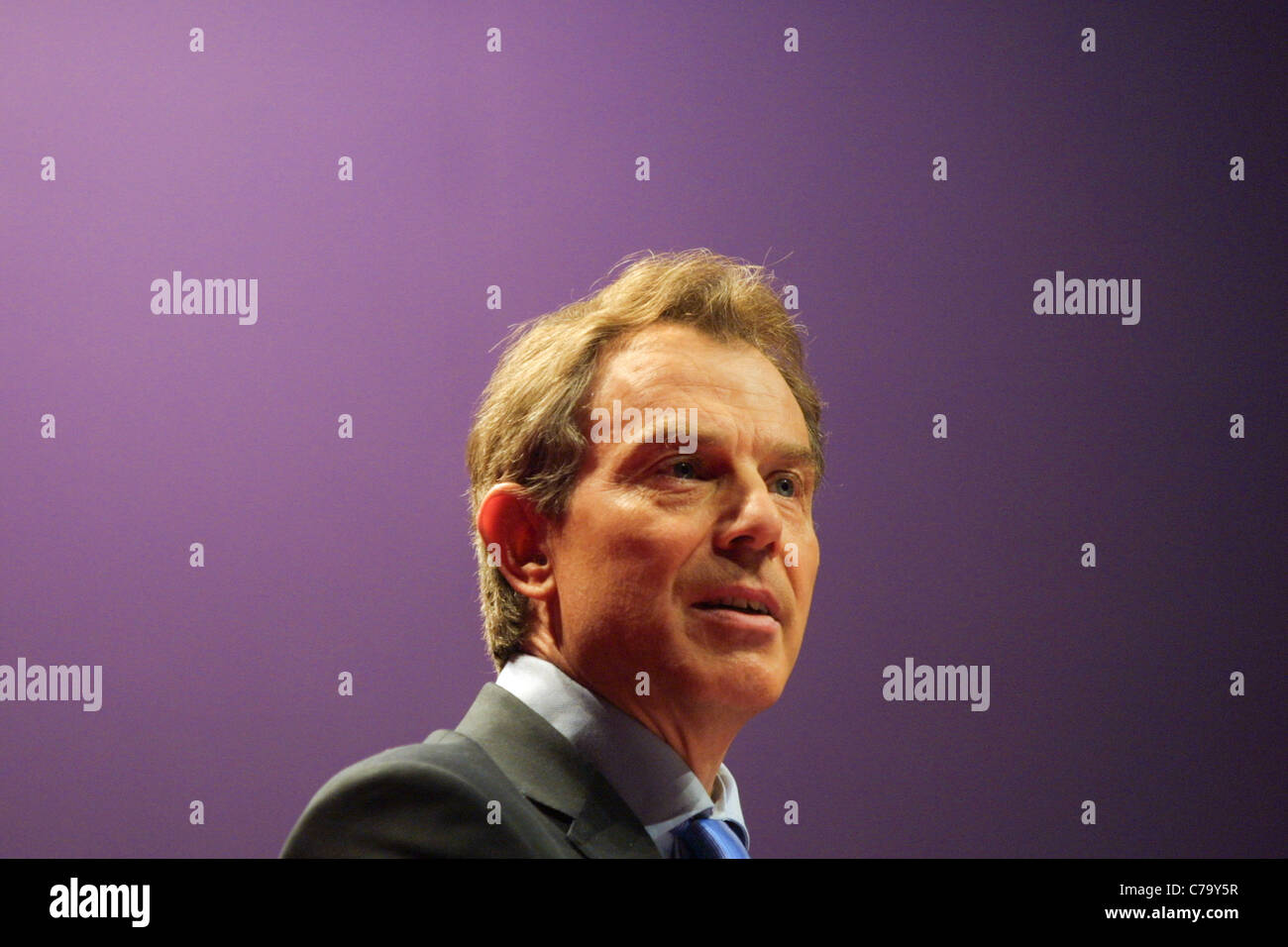Prime Minister Tony Blair speaks at the Labour Party conference, held in Glasgow, Scotland, on 15th February 2003. - Stock Image