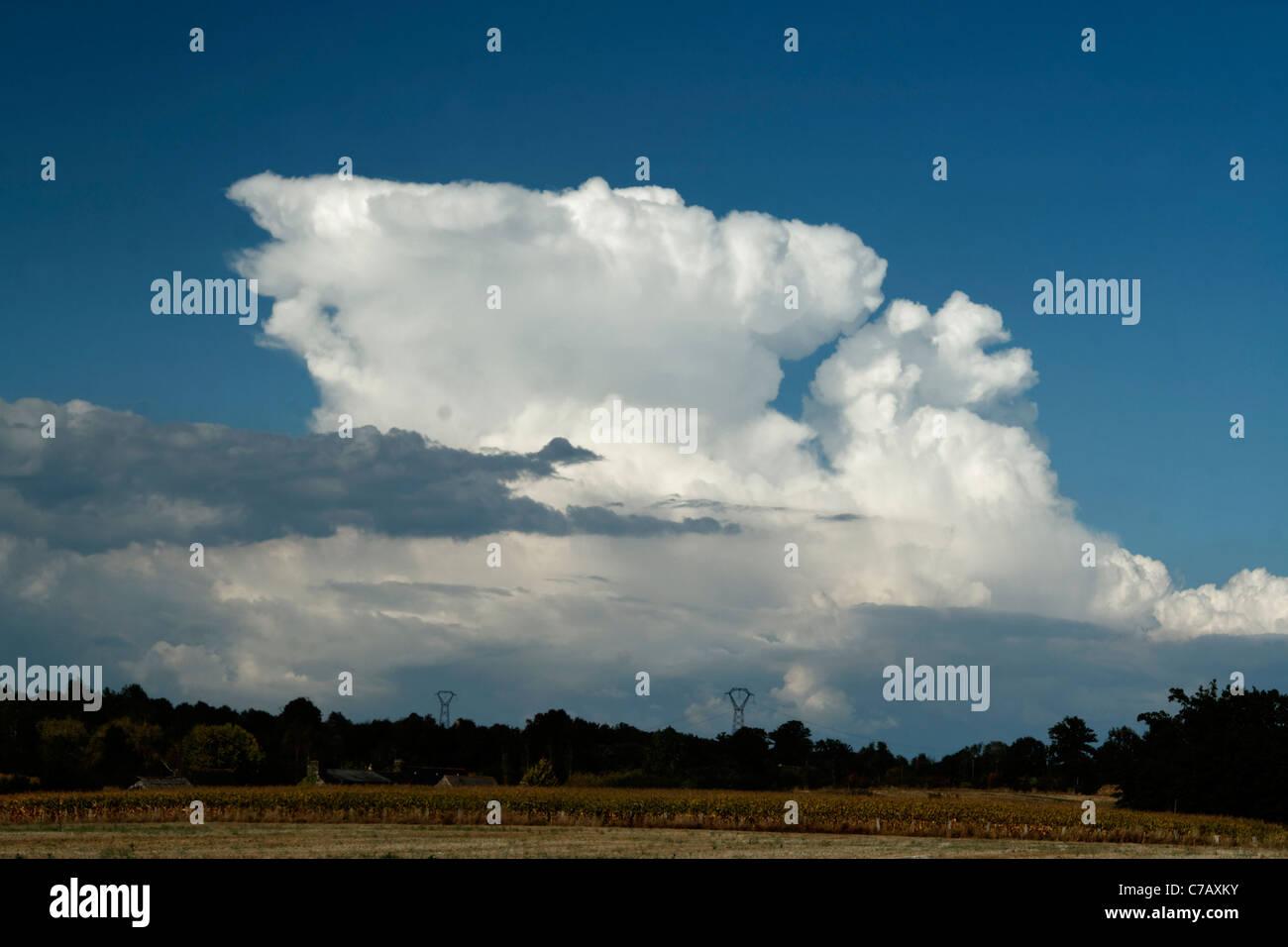 A beautiful cloud (Cumulonimbus) in the blue sky. - Stock Image