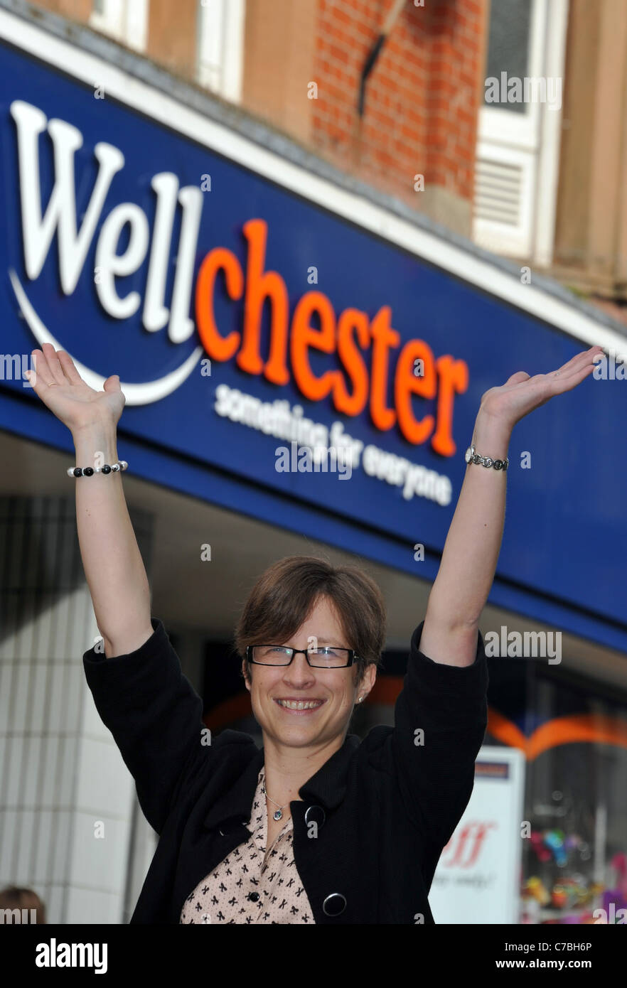 UK, Dorset 'Wellworths' the store that was born after Woolworths went into administration has changed it's name - Stock Image