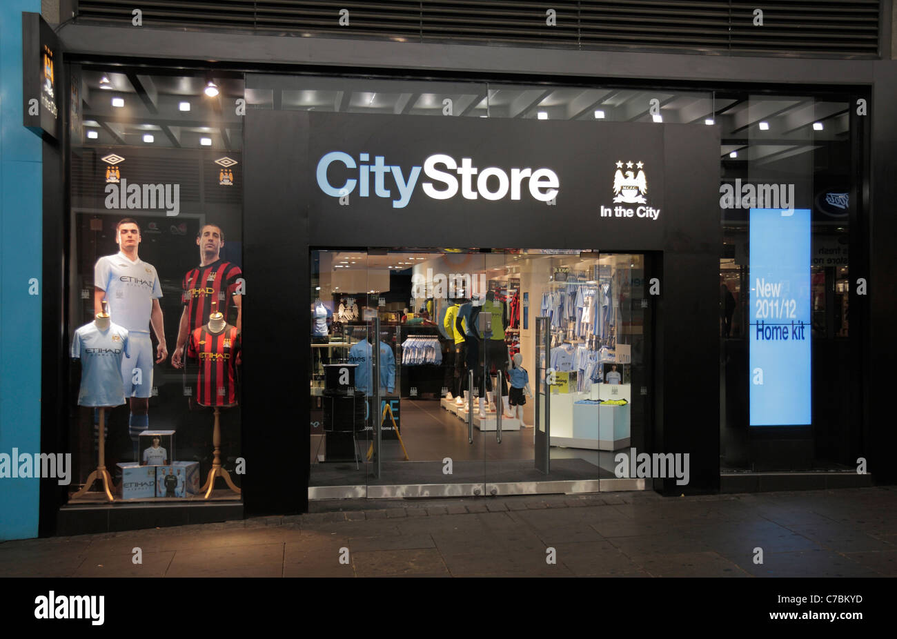 CityStore, the Manchester City English Premiership team store in Machester, UK. - Stock Image
