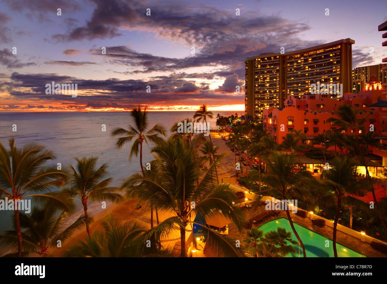 Twilight, Waikiki, Oahu, Hawaii - Stock Image