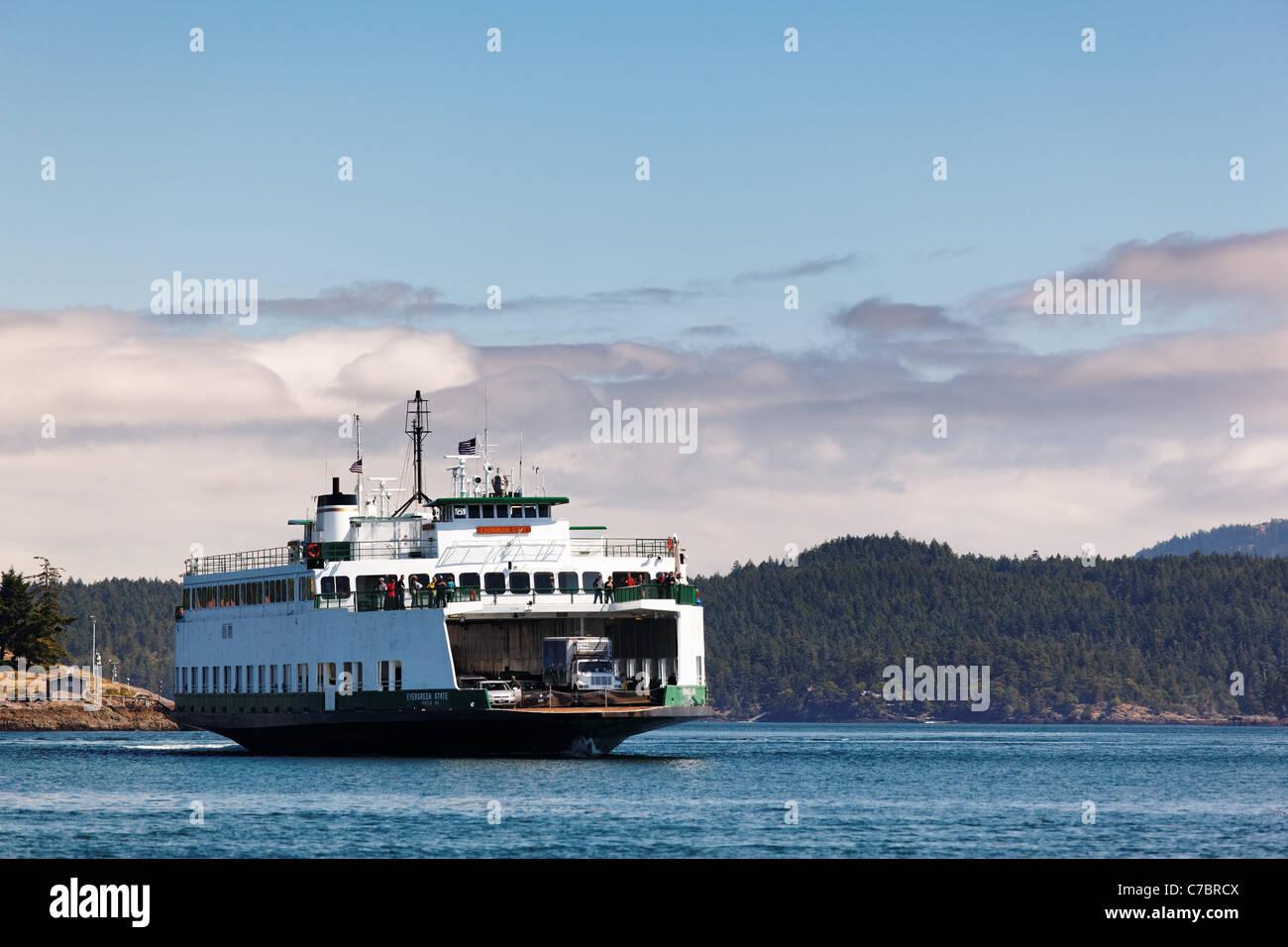 Washington State ferry MV Evergreen State arriving at Friday Harbor, San Juan County, Washington. USA - Stock Image
