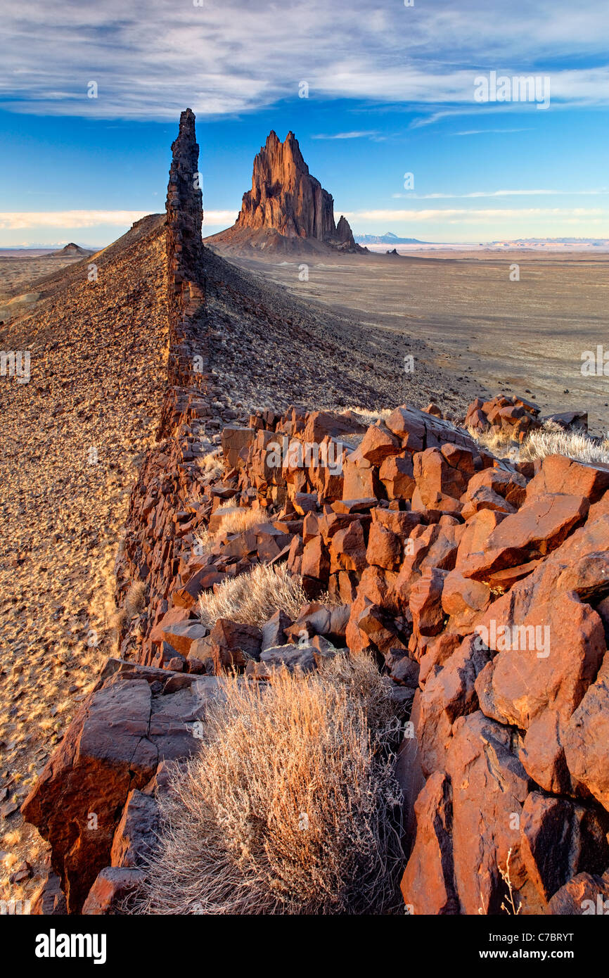 Shiprock Rock and black dike ridge, New Mexico, USA Stock Photo
