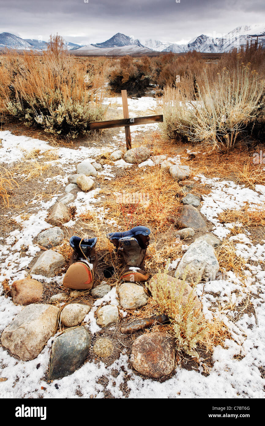 Grave of the unknown prospector, eastern Sierras, Mono Basin National Forest Scenic Area, near Lee Vining, California, - Stock Image