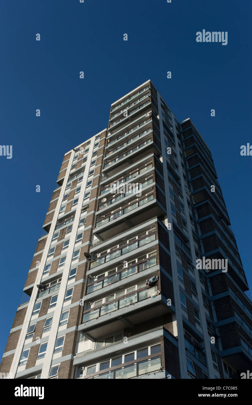 Tower block of flats or apartments that are mostly owned by the local council, near the Wandsworth Road in Lambeth, - Stock Image