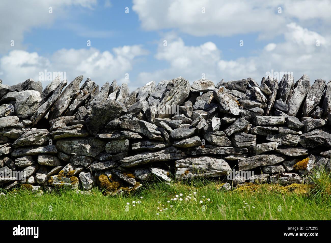 Dry stone wall, Republic of Ireland Stock Photo