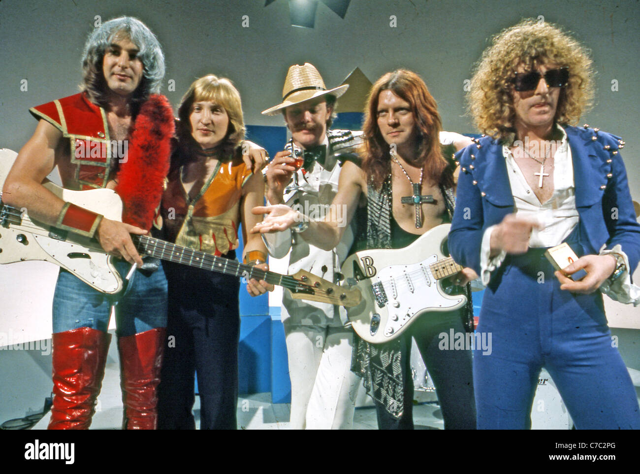 MOTT THE HOOPLE UK group in 1973. From left Peter Overend Watts, Dale Griffin, Morgan Fisher, Ariel Bender, Ian - Stock Image