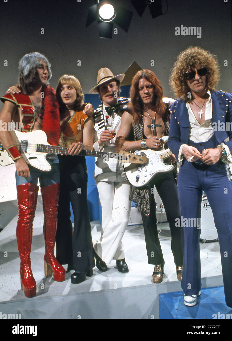 MOTT THE HOOPLE UK group in 1973. From left: Peter Overend Watts, Dale Griffin, Morgan Fisher, Ariel Bender, Ian - Stock Image
