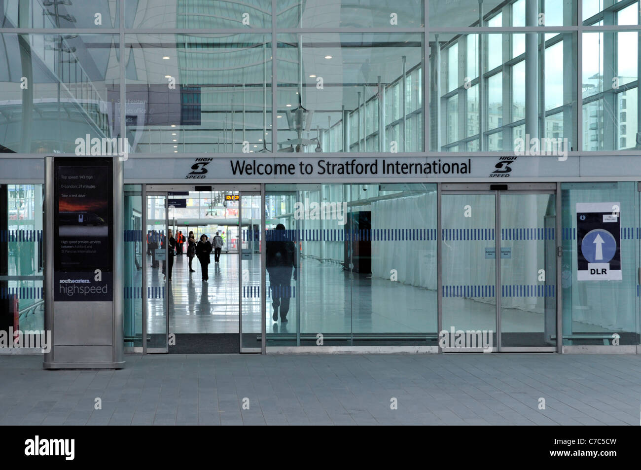 Stratford International train station for Southeastern high speed train & walk through link to DLR  effectively - Stock Image