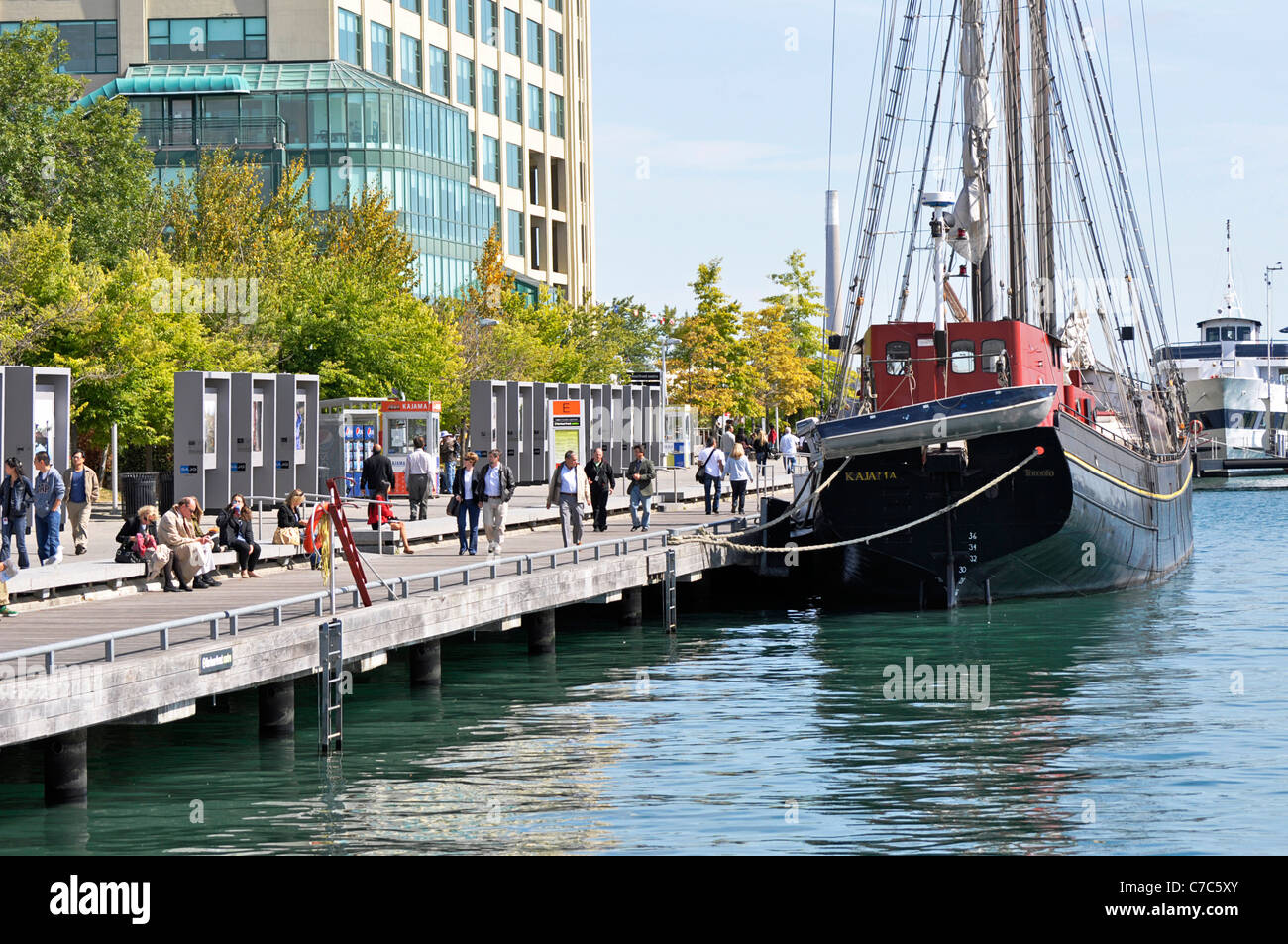 Toronto Harbourfront, Queens Quay, Boats - Stock Image