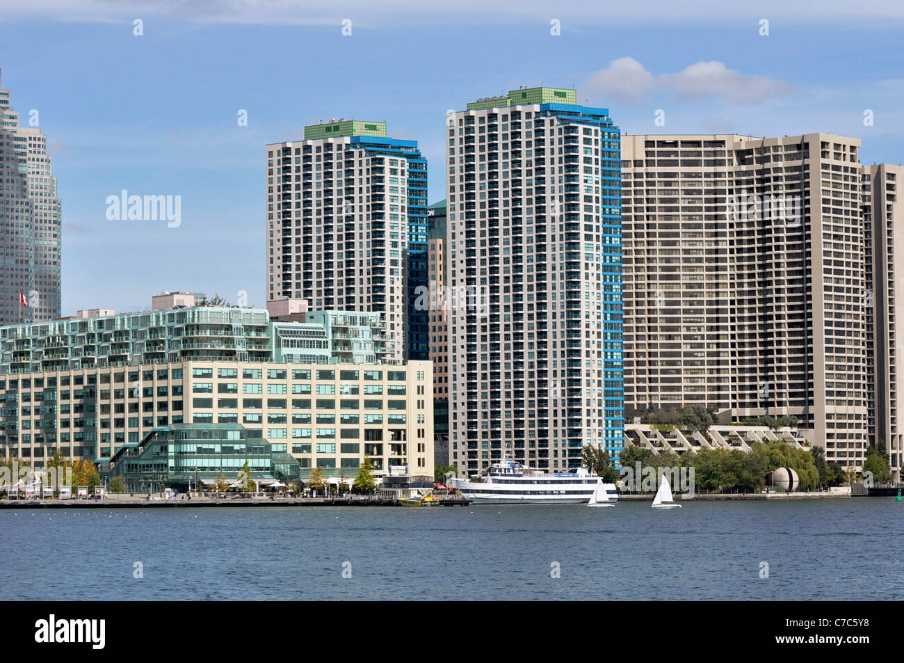 Toronto Harbourfront, Queens Quay, Condos on the Waterfront - Stock Image