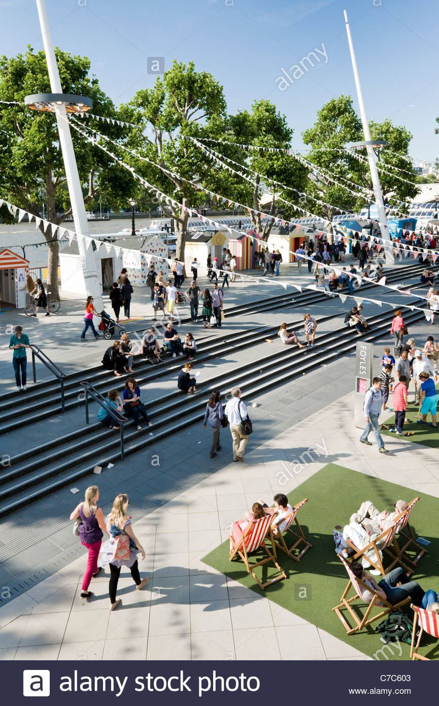 The South Bank, by the Royal Festival Hall, London, England. - Stock Image