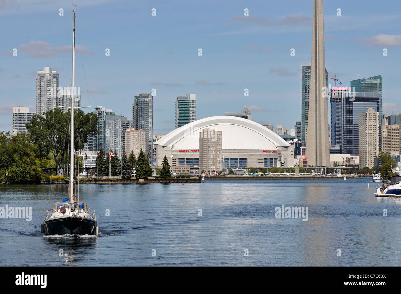 Toronto view of Harbroufront, Financial Centre, Condos, Skydome - Stock Image