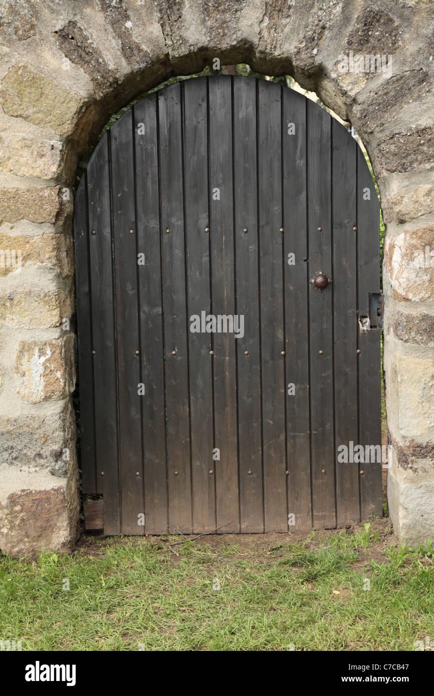 Gartentor der Abte in Siegburg (Deutschland), Garden door of the historic castle in Siegburg (Germany) - Stock Image