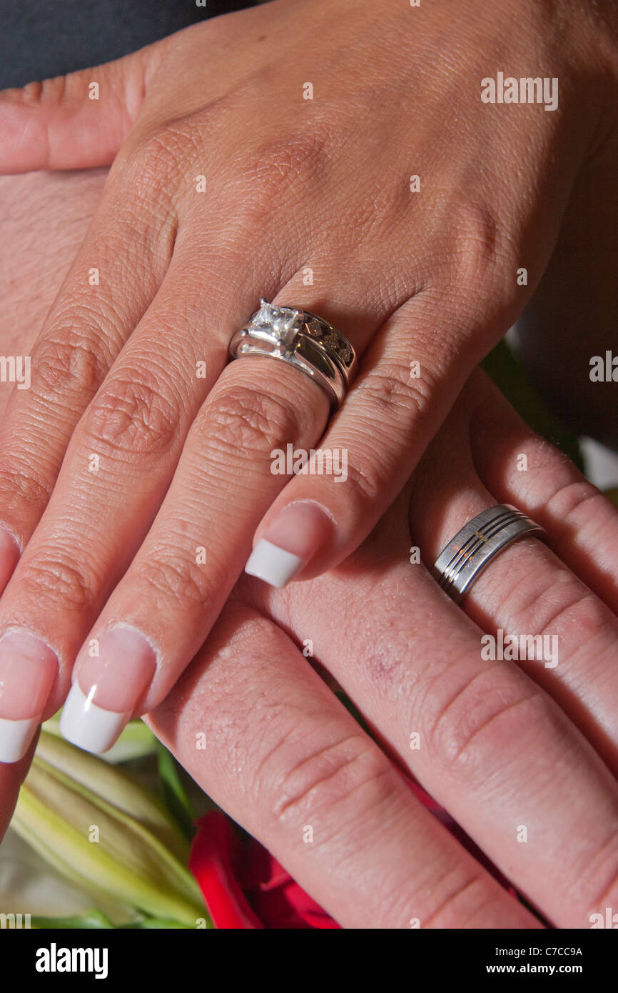 Showing Wedding Bands Stock Photos & Showing Wedding Bands Stock ...